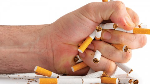 Campaigners Protest Against Smoking in French Films (Thurs.)