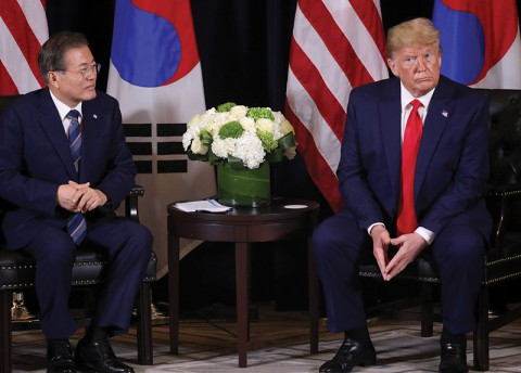 Korea Asked to Pay $5 Billion for U.S. Troops [Mon]