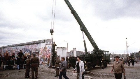 The Rise And Fall Of The Berlin Wall(Wed)
